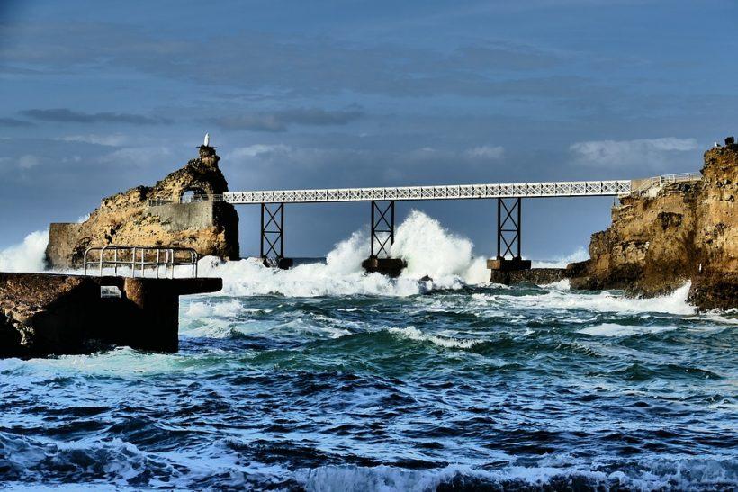 biarritz-4013602_960_720